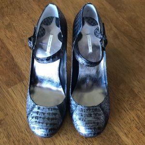 Max Studio Shoes - Snake heels